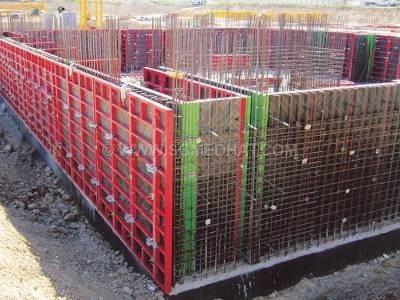 قالب های دیوار با رویه چوبی و پشت بند فلزی